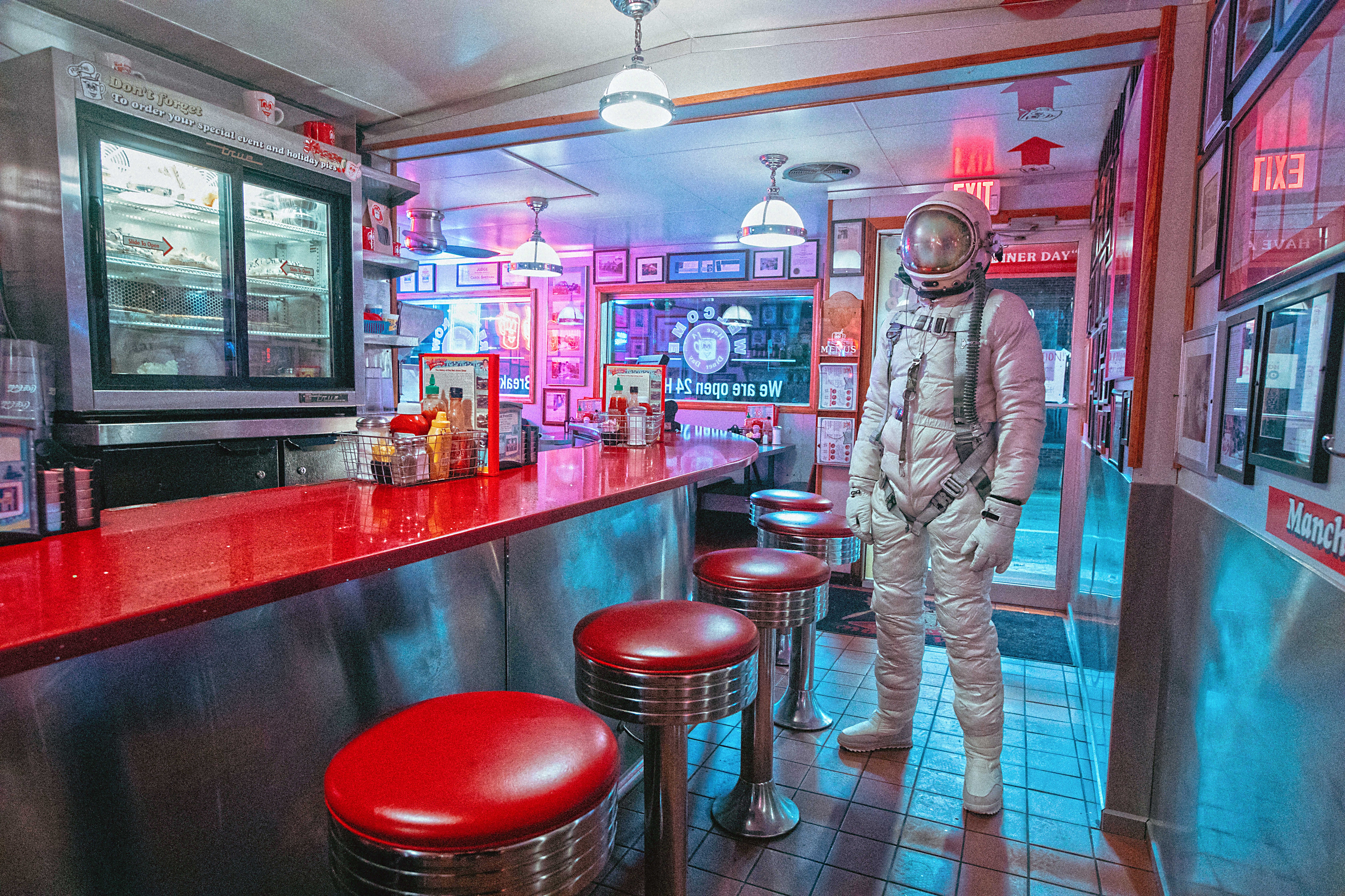The Lonely Astronaut (20)