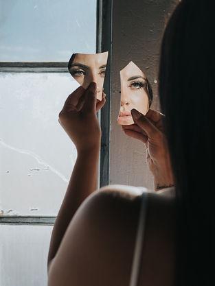 sarah mirror-1.jpg