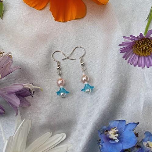 Sky Blue Petal Pearls Earrings