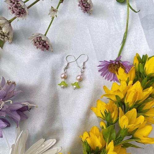Lime Petal Pearls Earrings