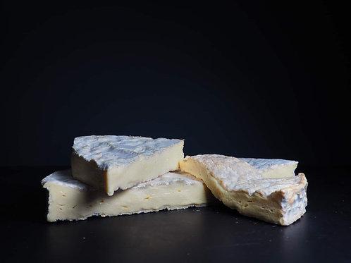 Brie de Meaux (per 100g)