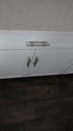 Wood-look floor, Quartz Countertop
