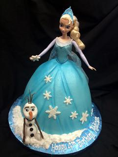 Frozen Cake 3.jpg