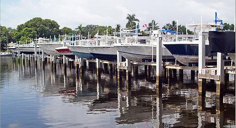 boatlifts.jpg