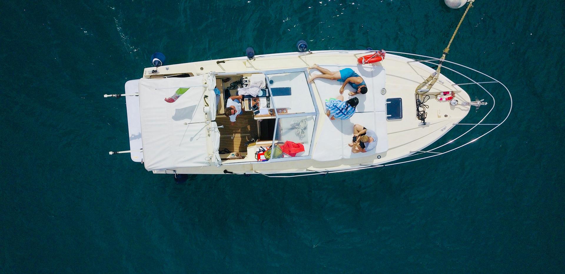 HelloCinqueterre boat