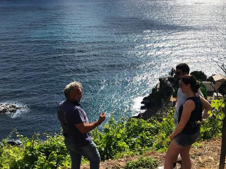 """""""Wine Route & Tasting"""": alla scoperta del vigneto sospeso tra cielo e mare di Manarola."""