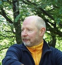 Professeur de yoga Nantes,Yoga de l'énergie Nantes, cours yoga Nantes, Yoga Nantes, Yoga Saint-Heblain