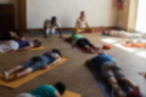 Cours hebdomadaires de Yoga de l'énergie à Nantes, Saint-Herblain, Yoga & méditation, pratique douce, relaxation, pranayama