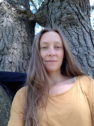 Floria Scialino, professeur de yoga, relaxation, méditation