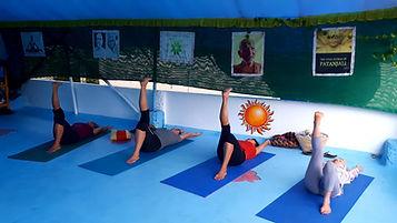 Pratique de Yoga en Inde, Voyage en Inde du sud, Ayurvéda, Massages ayurvédiques, Kerala