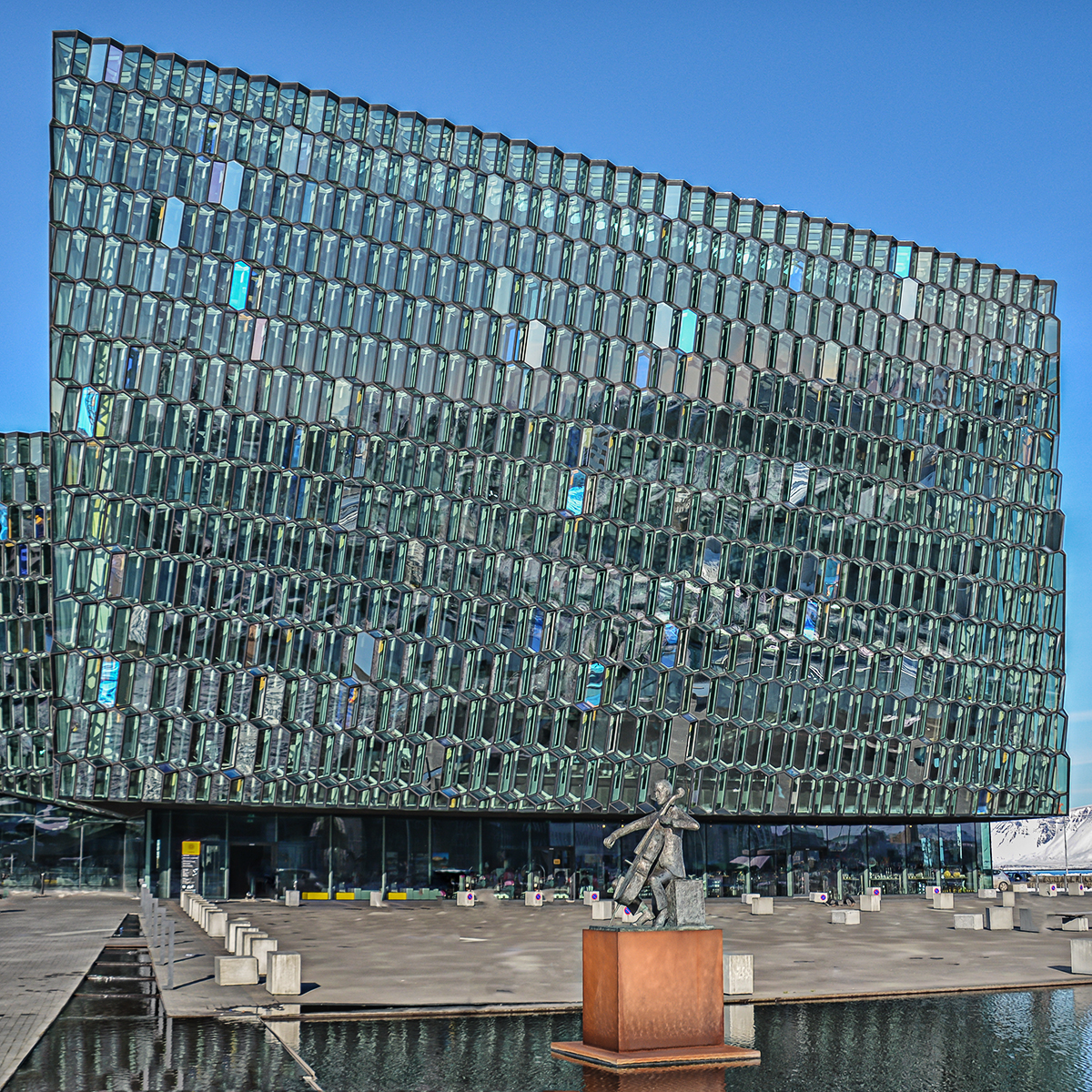 Russell McGowan_Harpa Concert Hall_