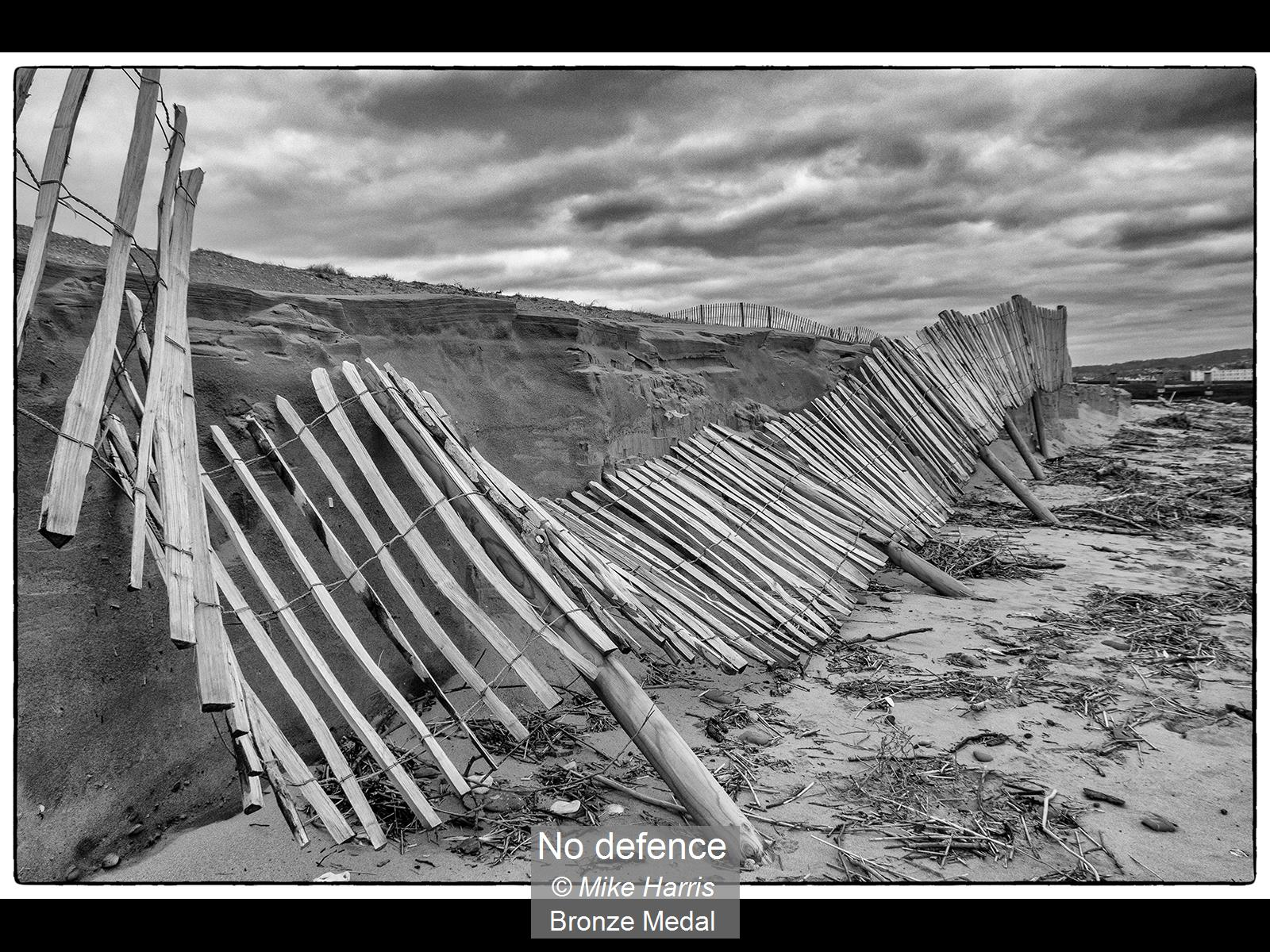 No defence_Mike Harris_Bronze