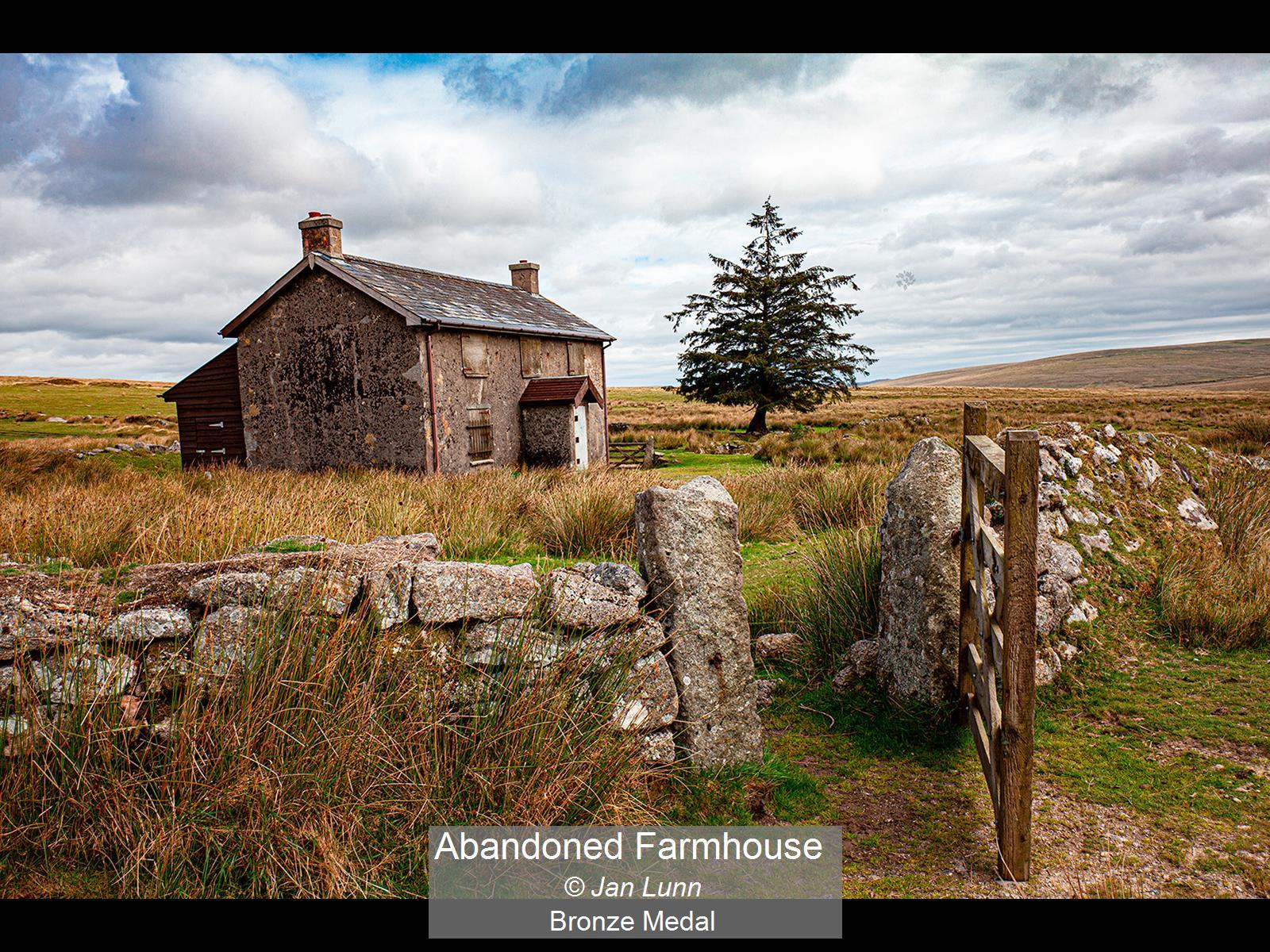 Abandoned Farmhouse_Jan Lunn_Bronze