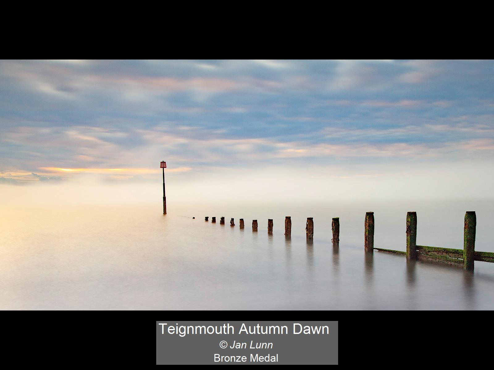 Teignmouth Autumn Dawn_Jan Lunn_Bronze