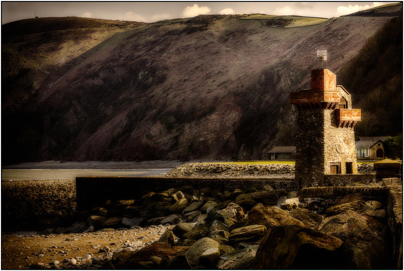 Roger Edwardes_Winter Sun, Lynmouth_Silv