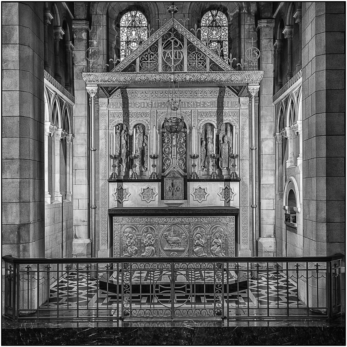 Roger Edwardes_Side Chapel Altar, Buckfa