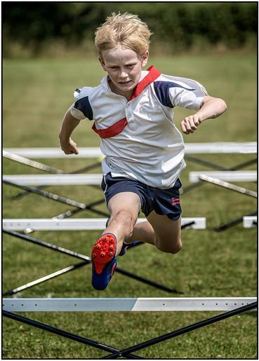 Gold_Roger Edwardes_Best Foot Forward