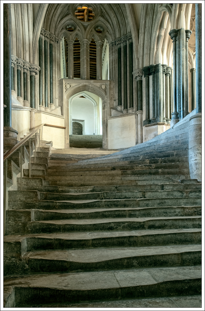 Peter Bosley_Chapter House steps_Commend
