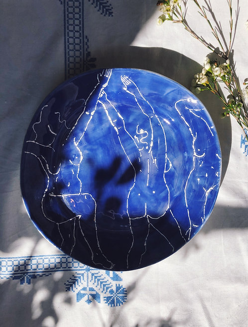Dancing in Water Plate