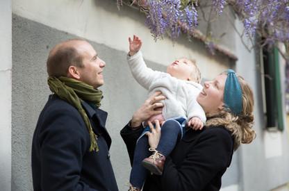 séance famille dans la rue