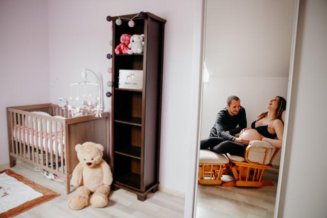 séance dans la future chambre de bébé