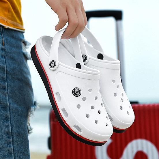 New Fashion Sandals Men Clogs Slippers Soft Bottom Beach Sandals Men Clog Sandal