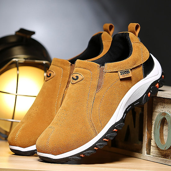 Lightweight Men Casual Shoes  Fashion Men Loafers Slip-On Suede Leather Shoes
