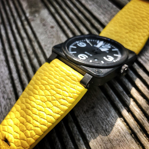 Bracelet cuir queue de castor gomme jaune
