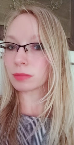 jennia profile photo.jpg