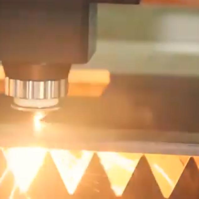 Corte laser 1500w fibra óptica Metalique
