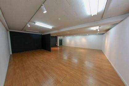 64 Gallery