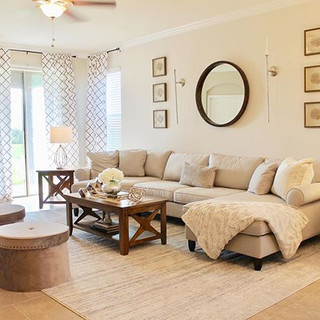 Love this living room. Perfect place for