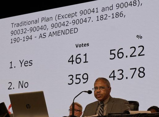 """Plan """"Una Sola Iglesia"""" no alcanza votos requeridos mientras Plan Tradicionalista avanza a plenaria"""
