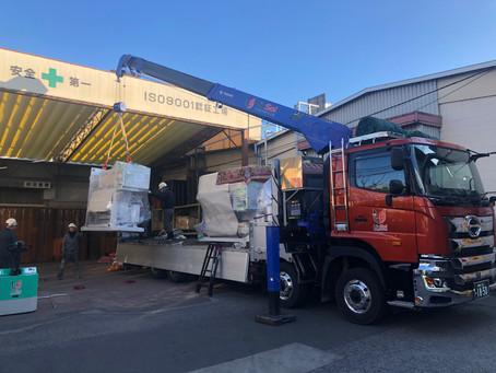 機械搬入作業in大阪