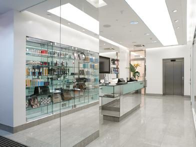 T&G New Oxford Street 2-bs-3827.jpg