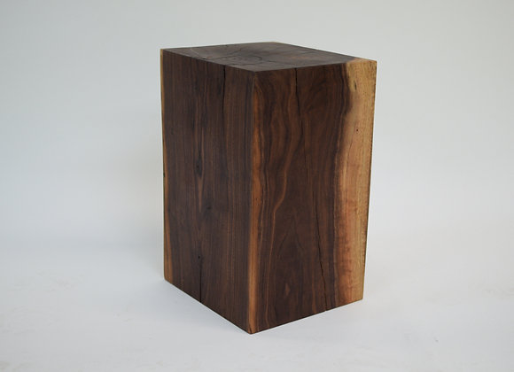 Black Walnut Stump Table 01