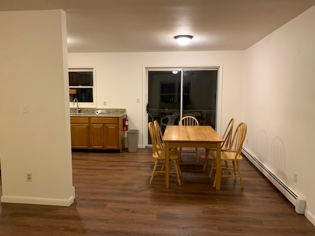66 S. Chestnut Street - DINING AREA