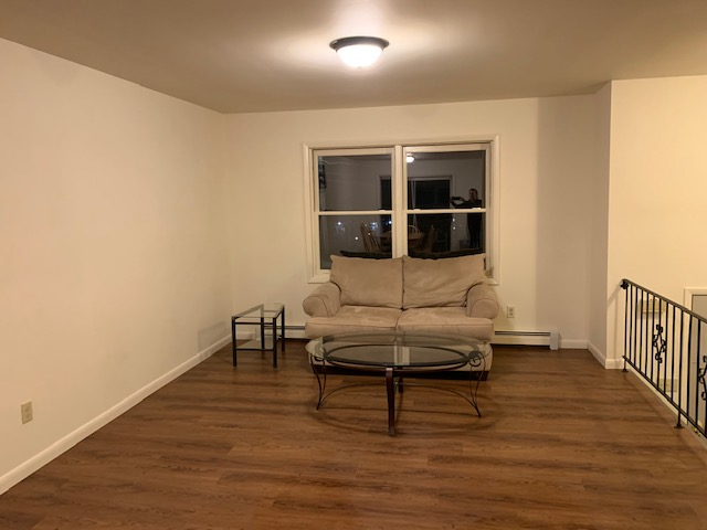66 S. Chestnut Street - LIVING ROOM