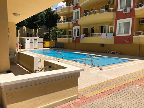Apartment with Pool and Garden in Mahmutlar, Alanya