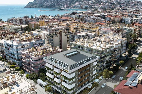 1+1 Apartments with Seaview and all Activities in Center of Alanya