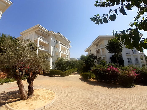 2+1 Apartment with Pool and garden in Oba, Alanya
