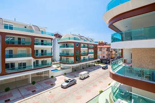 4+1 Penthouse with all Activities in Kleopatra, Alanya