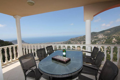 3+1 Penthouse with City, Castle and Seaview in Bektas, Alanya