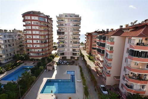 4+1 Penthouse with Pool, garden and Seaview in Mahmutlar, Alanya