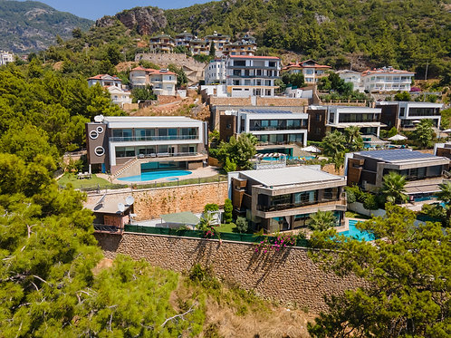 2+1 Apartment with Pool, Garden and Seaview in Bektas, Alanya