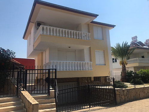 3+1 Villa with Pool, Garden and Seaview  in Oba, Alanya
