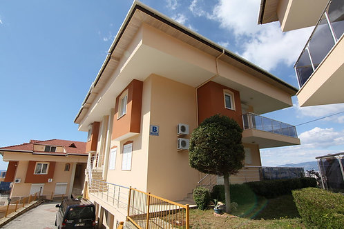 Seaview Apartment with Pool and Garden in Kargicak, Alanya