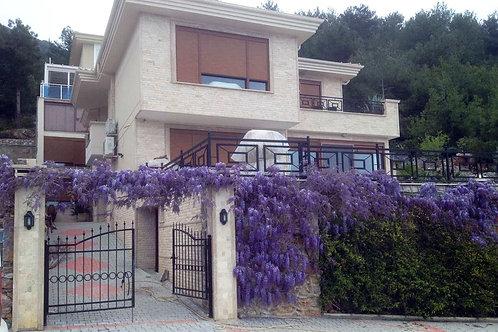 Carpe Diem Villa with Pool, Garden and Seaview in Bektas, Alanya
