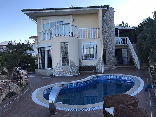 5+2 Villa with Pool, Garden and Seaview in Kargicak, Alanya