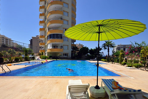 2+1 Apartment with Pool and garden in Mahmutlar, Alanya